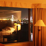 hotel060331_1.jpg